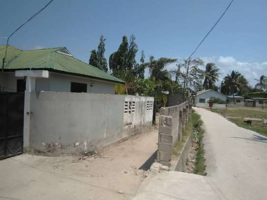 3bed house for sale at bunju tsh 70milion area 800sqm along main rd image 11