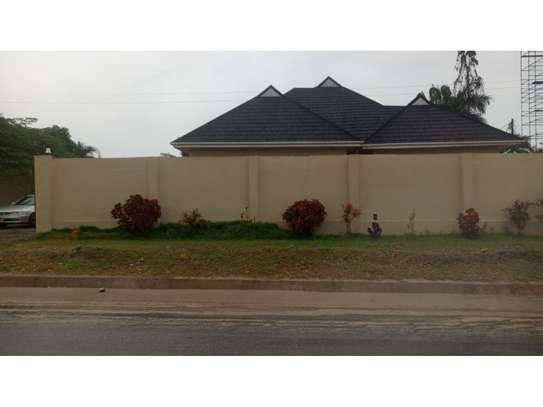 3 bed room house for sale  opposite shopez plaza mbezi image 7