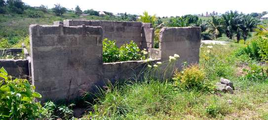 plot incomplete house  for sale at goba image 1