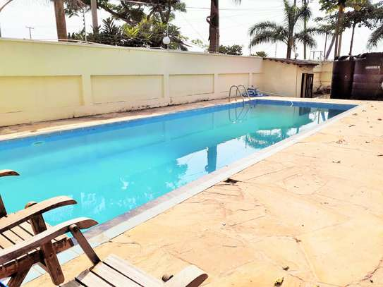 Specious 4 Bedrooms Townhouse With Sea View image 2