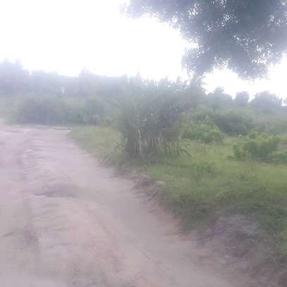 Plot for sale Madale kwa kawawa image 3