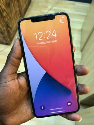 iPhone 11 Pro Max 256GB Silver for sale image 5