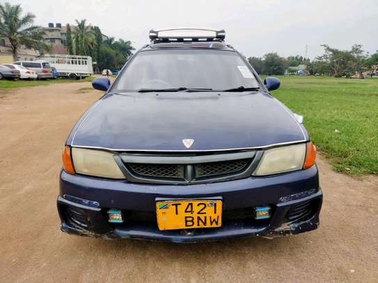 2001 Nissan Wingroad image 3