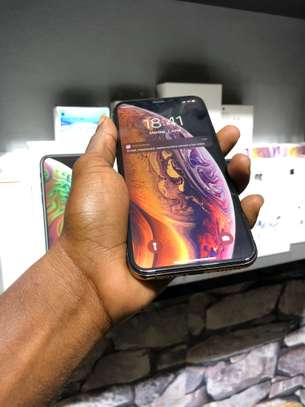 iPhone Xs 64GB Gold for sale