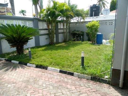 3BEDROOMS FULLYFURNISHED STANDALONE HOUSE 4RENT AT MIKOCHENI image 11