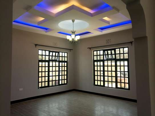 BRAND NEW 3BEDROOMS AT BURKA/WESTERN ARUSHA image 4