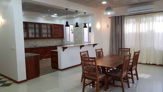4 Bedrooms 4 Bathrooms Compound House For Rent in Oysterbay image 7