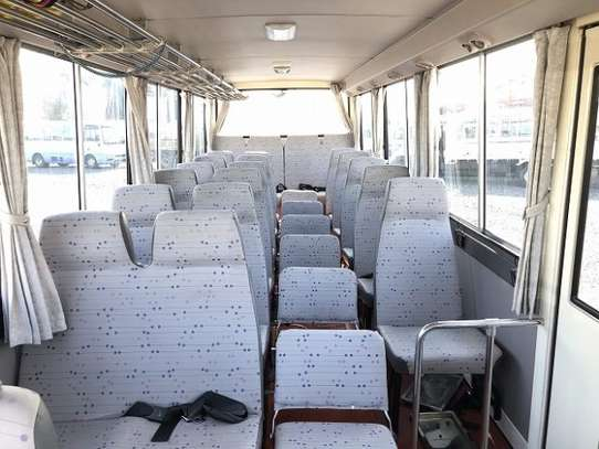 1994 Hino RAINBOW BUS 29SEATER TSHS 35MILLION ON THE ROAD image 6