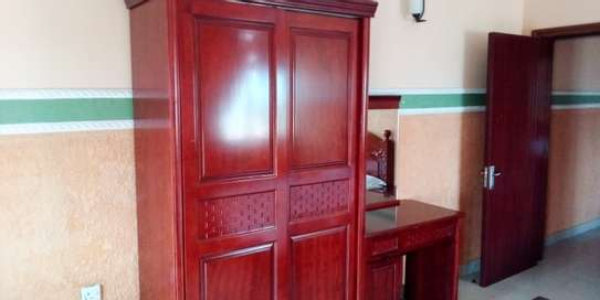 SPECIOUS 2 BEDROOMS FULLY FURNISHED FOR RENT AT MIKOCHENI image 8