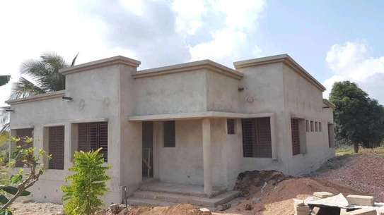 HOUSE FOR SALE IN MADALE image 2