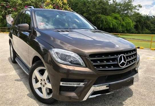 2014 Mercedes-Benz ML400 4MATIC USD 22,000/= UP TO DAR PORT TSHS 88.9MILLION ON THE ROAD image 1