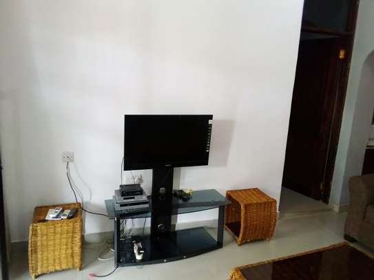 LUXURY 1 BEDROOM FULLY FURNISHED FOR RENT AT MIKOCHENI image 2