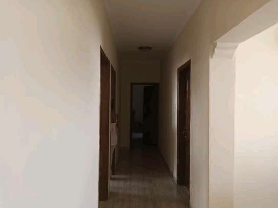 3BEDROOM OYSTERBAY image 9