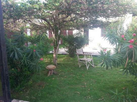 2 Besroom Small Home For Rent In A Small Compound in Msasani