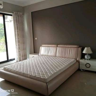 3BEDROOM FULL FURNISHED. image 10