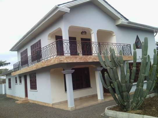 4BEDR HOUSE FOR R SALE AT  NJIRO ARUSHA