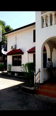 House for sale in upanga. image 6
