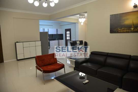 Elegantly Furnished 3 Bedroom Apartment In Oysterbay image 2