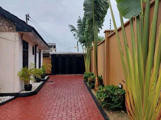 House for sale in Tabata. image 6
