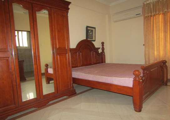 2 Spacious Luxury Bedroom Full Furnished Apartments in City Center, Posta image 8