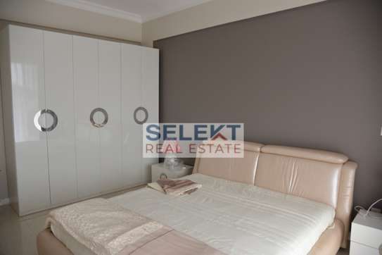 Elegantly Furnished 3 Bedroom Apartment In Oysterbay image 7