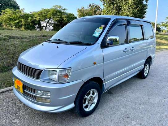2000 Toyota Town Ace image 7