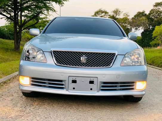 2005 Toyota Crown Athlete image 5