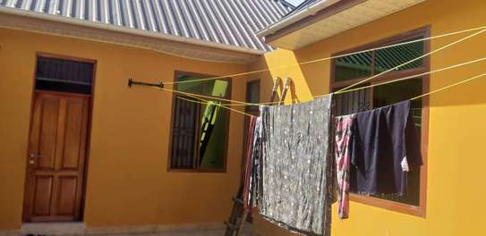 1 bed room studio for rent self container at kinondoni image 3