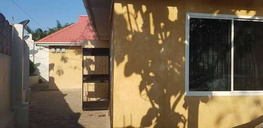 1bed shared house at changanyikeni tsh 250000 image 1