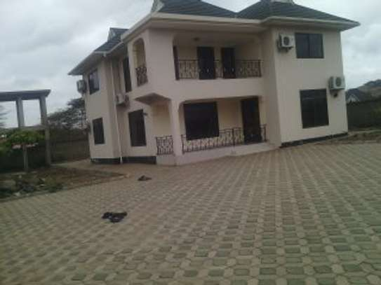4 Bdrm House at Arusha Airport image 1