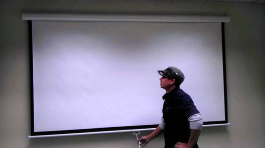 Manual Projector Screen - 150 Inches image 2