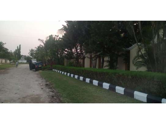 6 bed room big house for rent at mikocheni mwinyi image 3