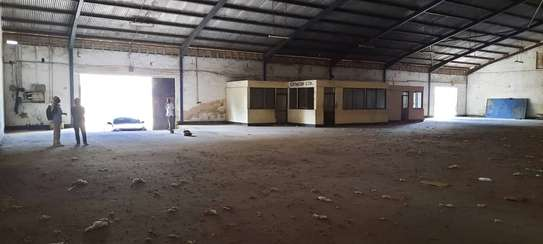 Warehouse available for rent at mikocheni industrial area.