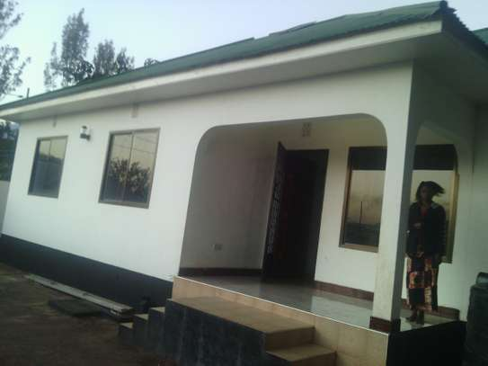 3BEDR.HOUSE FOR SALE AT MWANAMA