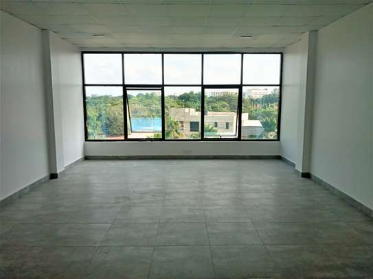25, 30 and 58 SQM Office / Commercial Spaces Masaki Peninsula image 2
