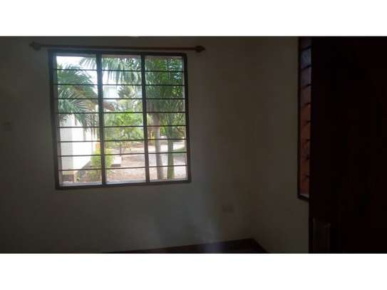 2 bed room all ensuet for rent at masaki image 11