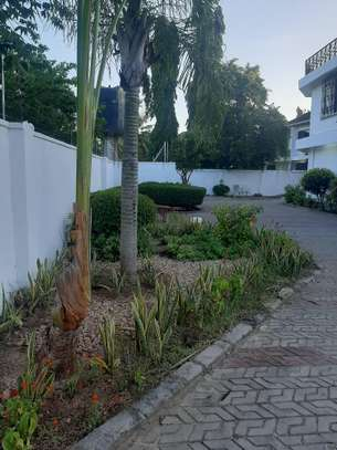 4 bed room house all master for rent at masaki image 9
