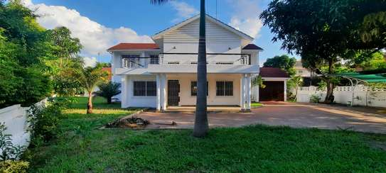 a 5bedrooms BUNGALOW in MASAKI is now available for rent image 2