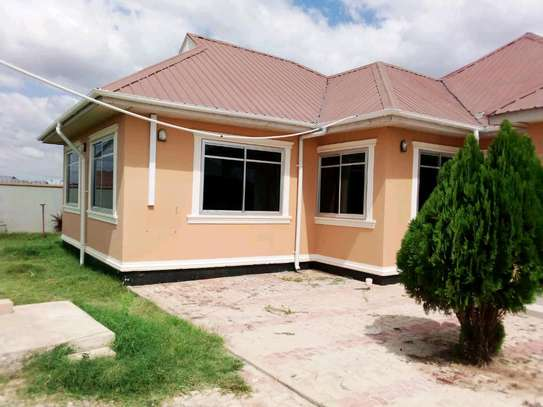 House for rent...dodoma ipagala image 3