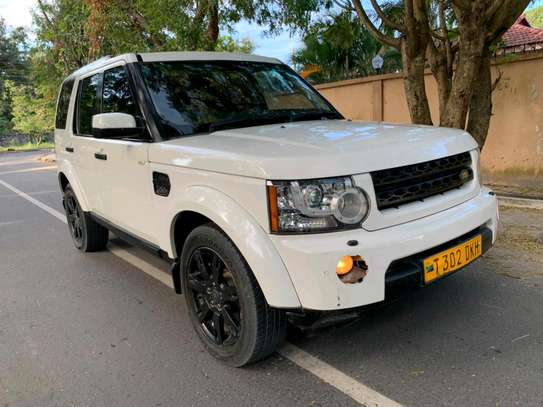 2010 Land Rover Discovery image 4