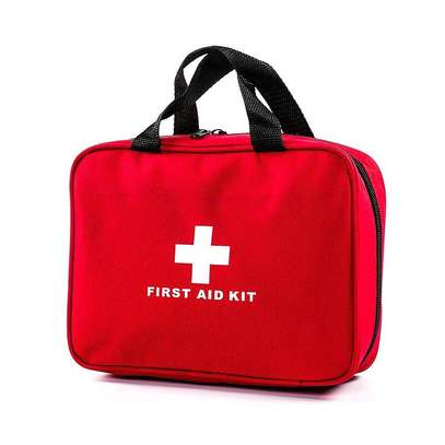 FIRST AID KIT image 1