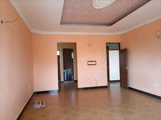 HOUSE FOR SALE SQM 900 image 4