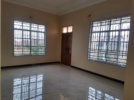 HOUSE FOR SALE OYSTERBAY DODOMA image 7