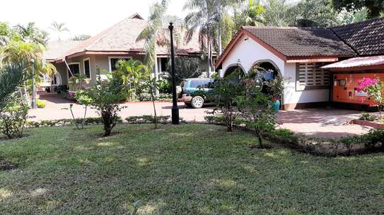4 Bedrooms Executive House For Rent in Masaki image 3