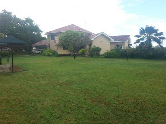 4 Bedrooms Executive House in Oysterbay For Rent