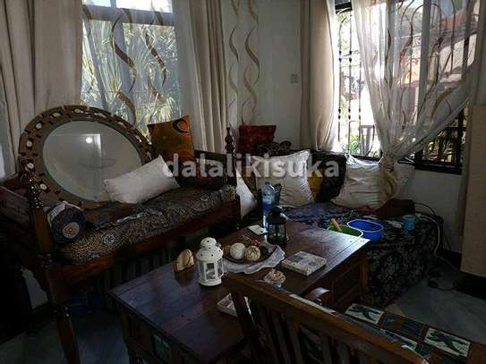 One bdrm and sitting room FURNISHED apart for rent at KINONDONI image 5