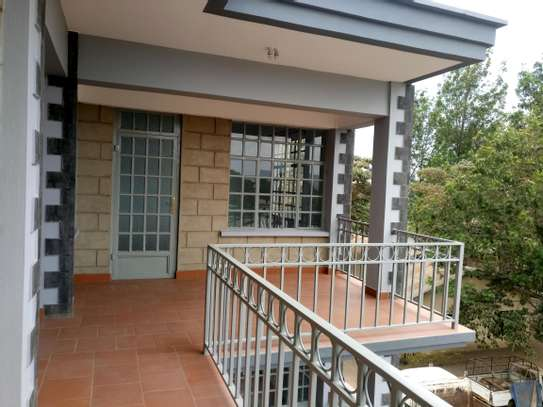 BRAND NEW 2BEDROOMS APPARTMENTS AT NGARAMTONI/BY PASS image 4