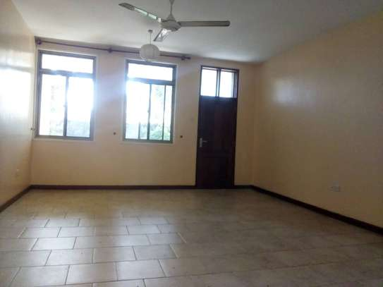 3Bedroom House to Let in Ada Estate image 5