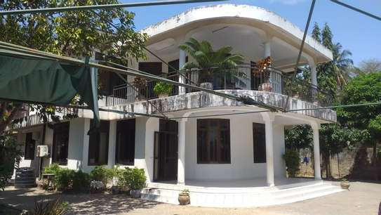 4 bed room house for sale at mbei beach jogoo image 2