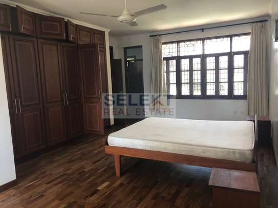 Specious 4 Bedroom Compound Houses In Oyster Bay For Rent image 8